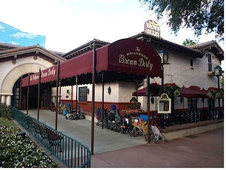 The Hollywood Brown Derby photo, from ThemeParkInsider.com