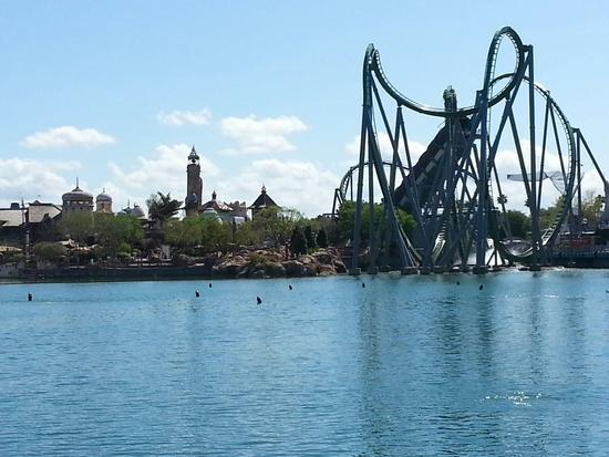 Photo of Incredible Hulk Coaster