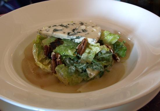 Salade au Roquefort -- Mixed greens with Roquefort cheese, pear and caramelized walnuts ($15)