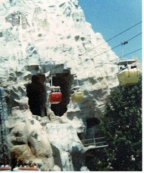 Matterhorn Bobsleds photo, from ThemeParkInsider.com