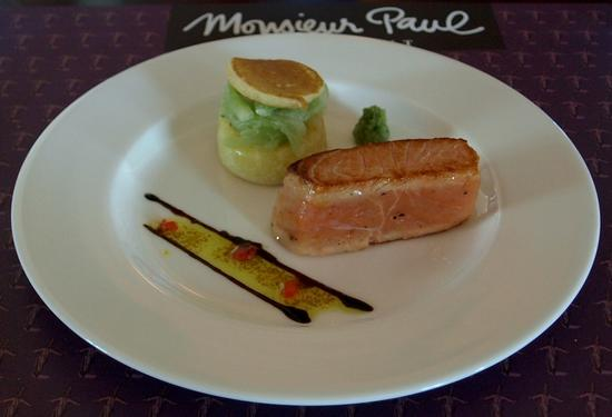 Saumon mi-cuit marine -- Lightly cooked marinated salmon, with blinis and cucumber salad.