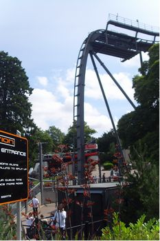 Alton Towers photo, from ThemeParkInsider.com