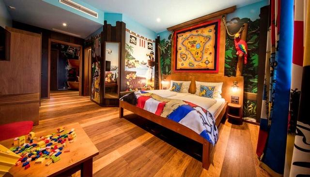 Pirate Island Hotel room