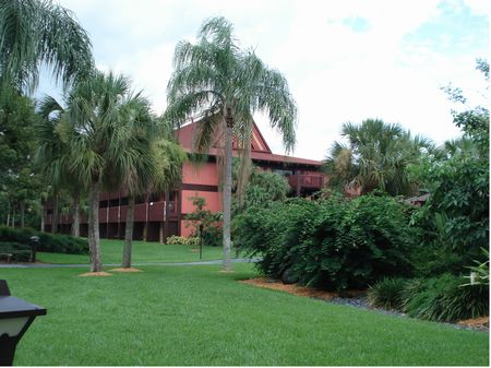 Disney's Polynesian Village Resort photo, from ThemeParkInsider.com
