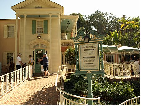 River Belle Terrace photo, from ThemeParkInsider.com