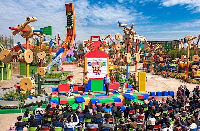 Toy Story Land debuts at Shanghai Disney