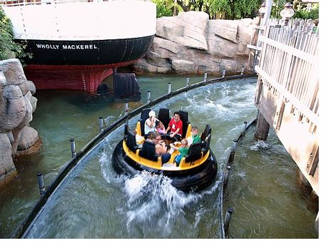 Shipwreck Rapids photo, from ThemeParkInsider.com