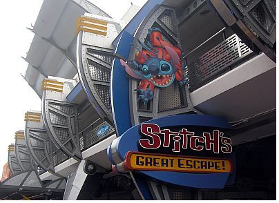 Stitch's Great Escape photo, from ThemeParkInsider.com