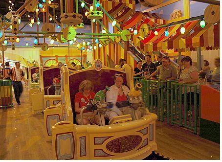 toy story midway mania disney world tips for christmas
