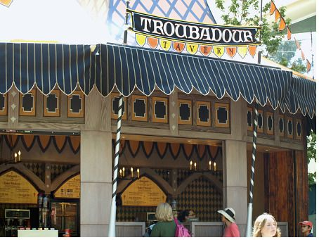 Troubadour Tavern photo, from ThemeParkInsider.com