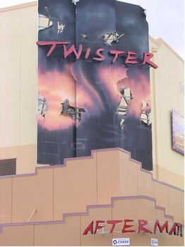 Twister - Ride It Out photo, from ThemeParkInsider.com